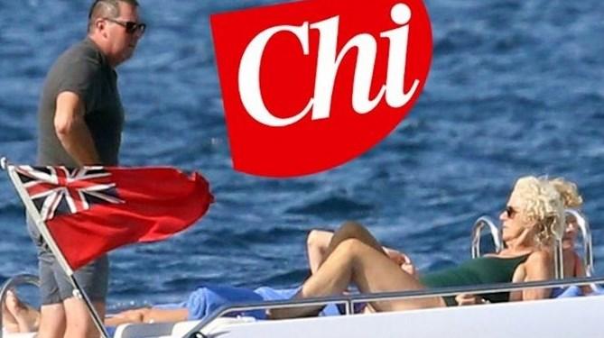 Берлускони прекали! Пусна полуголи снимки на Камила (ГАЛЕРИЯ + ВИДЕО)