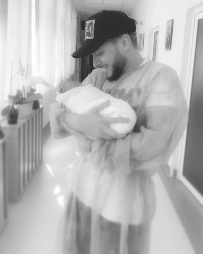 Честито! Криско стана татко (СНИМКА)