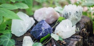 енергия и сила на кристалите