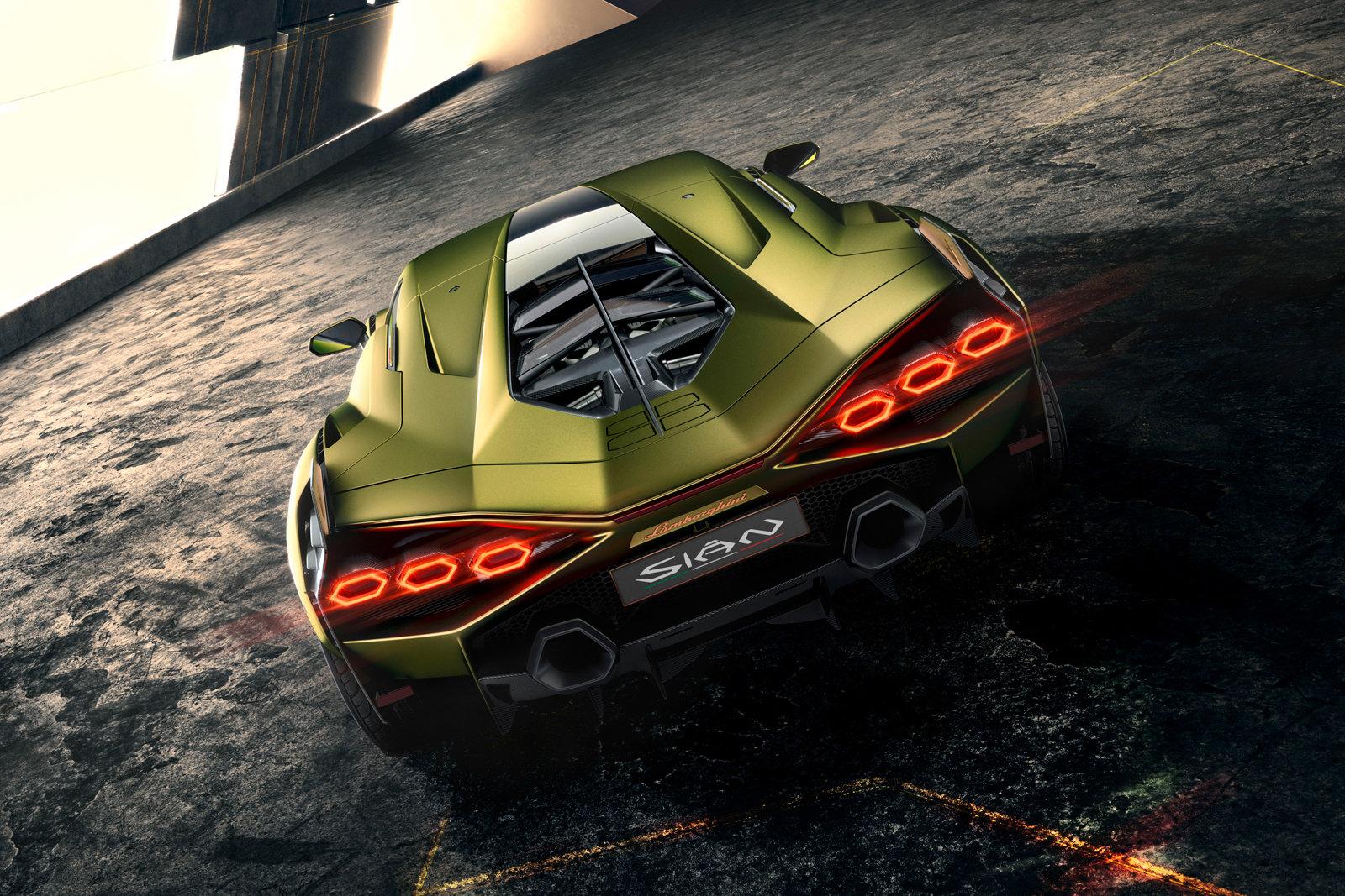 Lamborghini Sian - невероятният хибрид с 819 коня