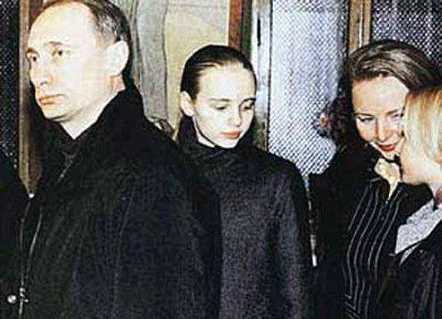 Дъщерята на Путин проучва модифицирането на човешката ДНК