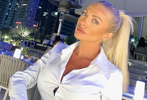 Русата Златка вади луди пари за апартамента на Шарлопов (СНИМКА)