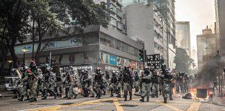 Протестиращите в Хонконг