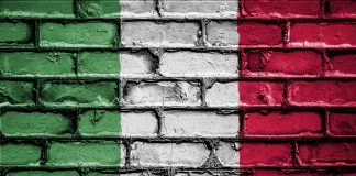 Италия намалява депутатите си