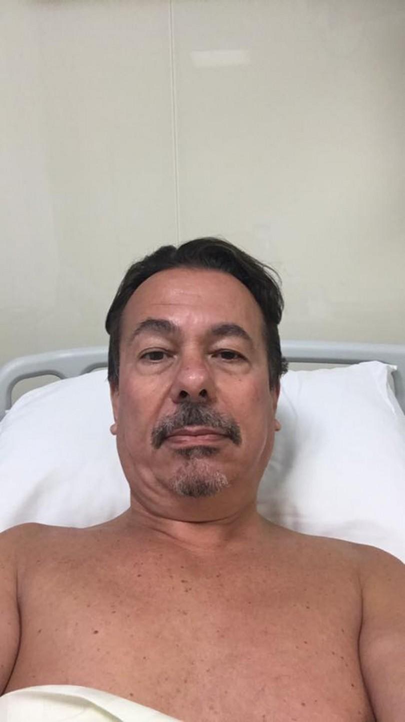 Камен Алипиев в болница след уволнението (СНИМКА)