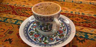 Какво не трябва да ядете и пиете в Турция