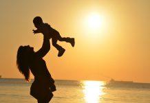 съпруги и майки