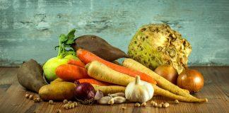 суровата и готвената храна