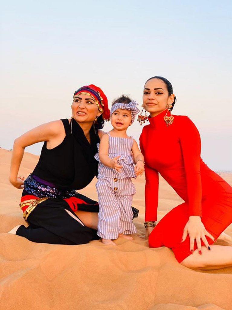 Софи Маринова отбеляза 44-ти рожден ден в пустинята (СНИМКИ)