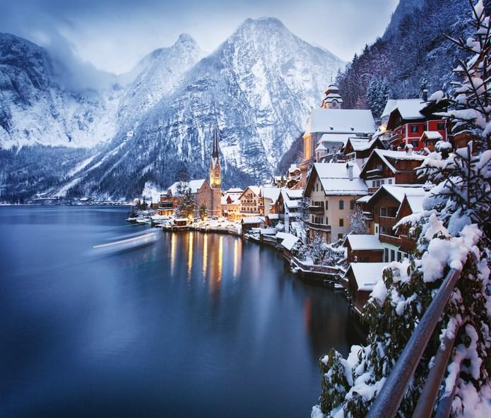 """Кметът на селото от """"Замръзналото кралство"""" към туристите: Стига сте идвали, кошмарни сте (СНИМКИ)"""