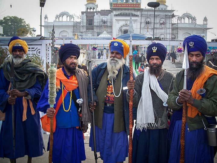 Ниханги - индийската каста, която има свръхестествени сили