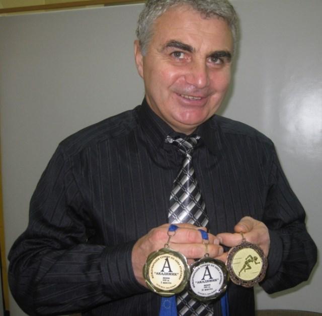 Супер рецептата за железен имунитет на Христо Стоянов - Професора