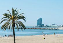Барселона отвори плажовете