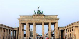 Мигрант от Афганистан Германия безработица Меркел мерки