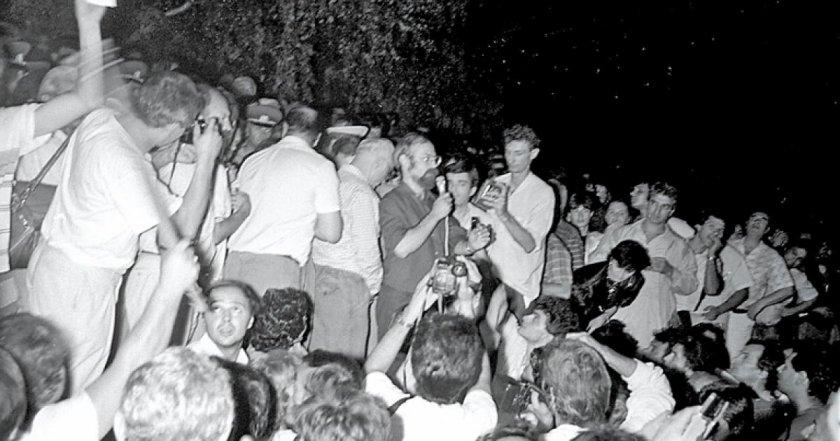 30 години след 1990-та: Три версии за пожара в Партийния дом, осъдени няма