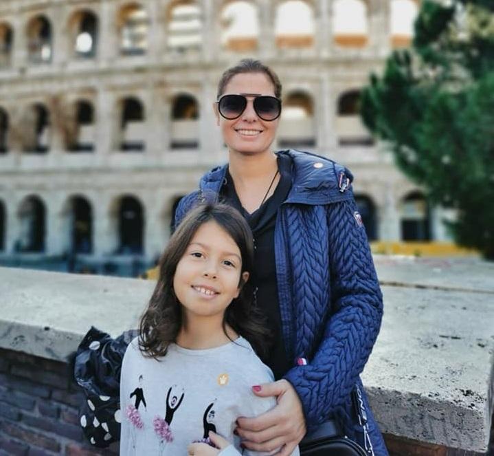 Ето какво направи Сърчаджиева с дъщеря си след смъртта на Ласкин (СНИМКА)