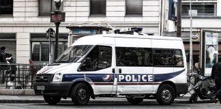 нападение Франция
