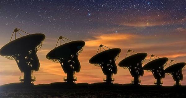 Експерти от НАСА смятат, че извънземни са ни предупредили за COVID-19