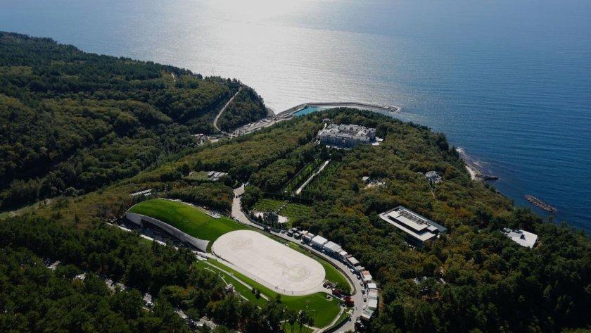 Навални: Путин е мултимилиардер, вижте двореца му! (ФИЛМ)