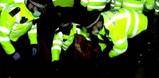 Сблъсъци в Лондон