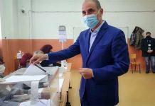 Цветан Цветанов гласува