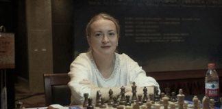 Шоуто на Слави Антоанета Стефанова