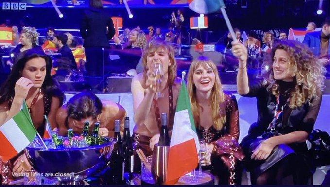 """Нарко скандал гръмна на """"Евровизия 2021"""", анулират победата?"""