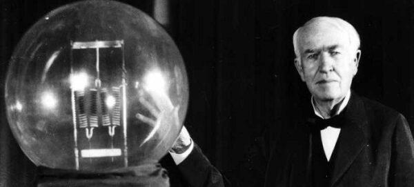 Тесла, Маркони и Едисън са били убедени в съществуването на извънземни