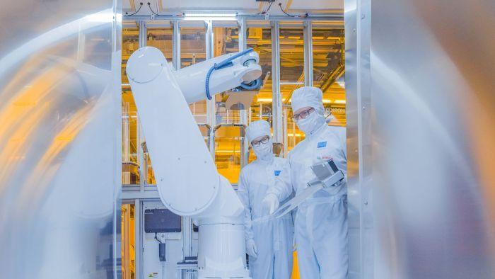 Изкуствен интелект ще управлява новия завод на Бош