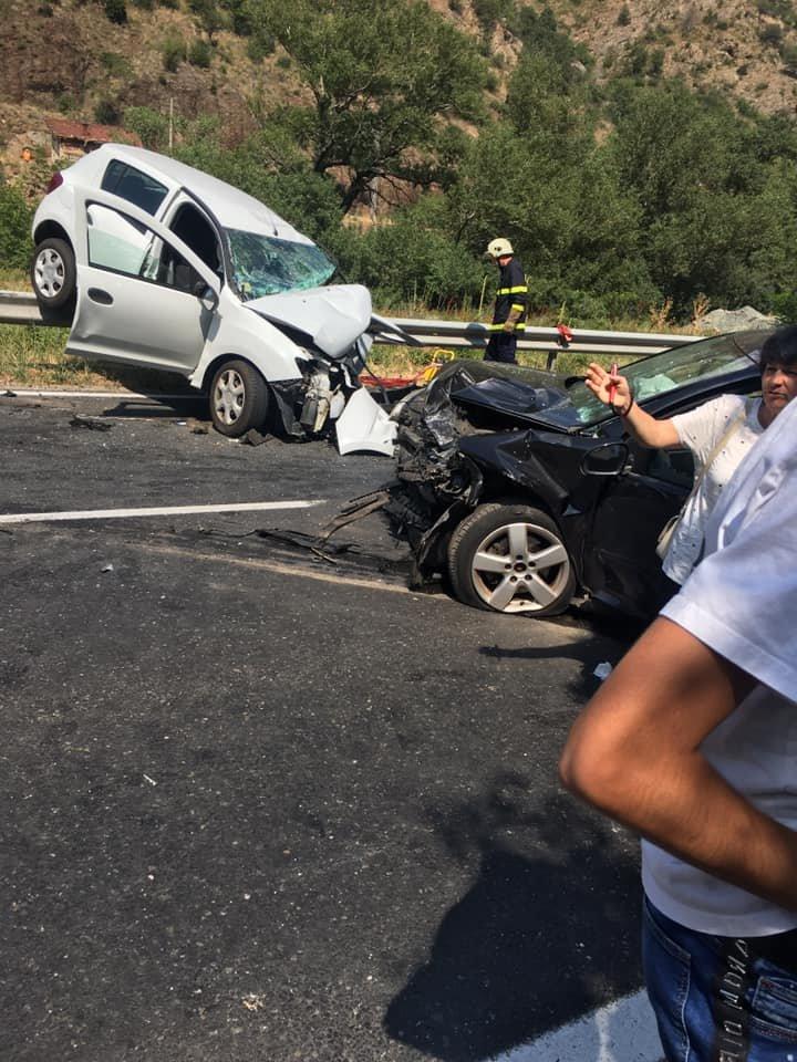 Първи снимки от катастрофата край Кресна