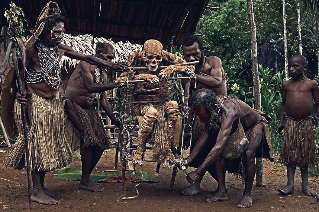 Кои са племената, които могат да ви изядат или пренесат в жертва