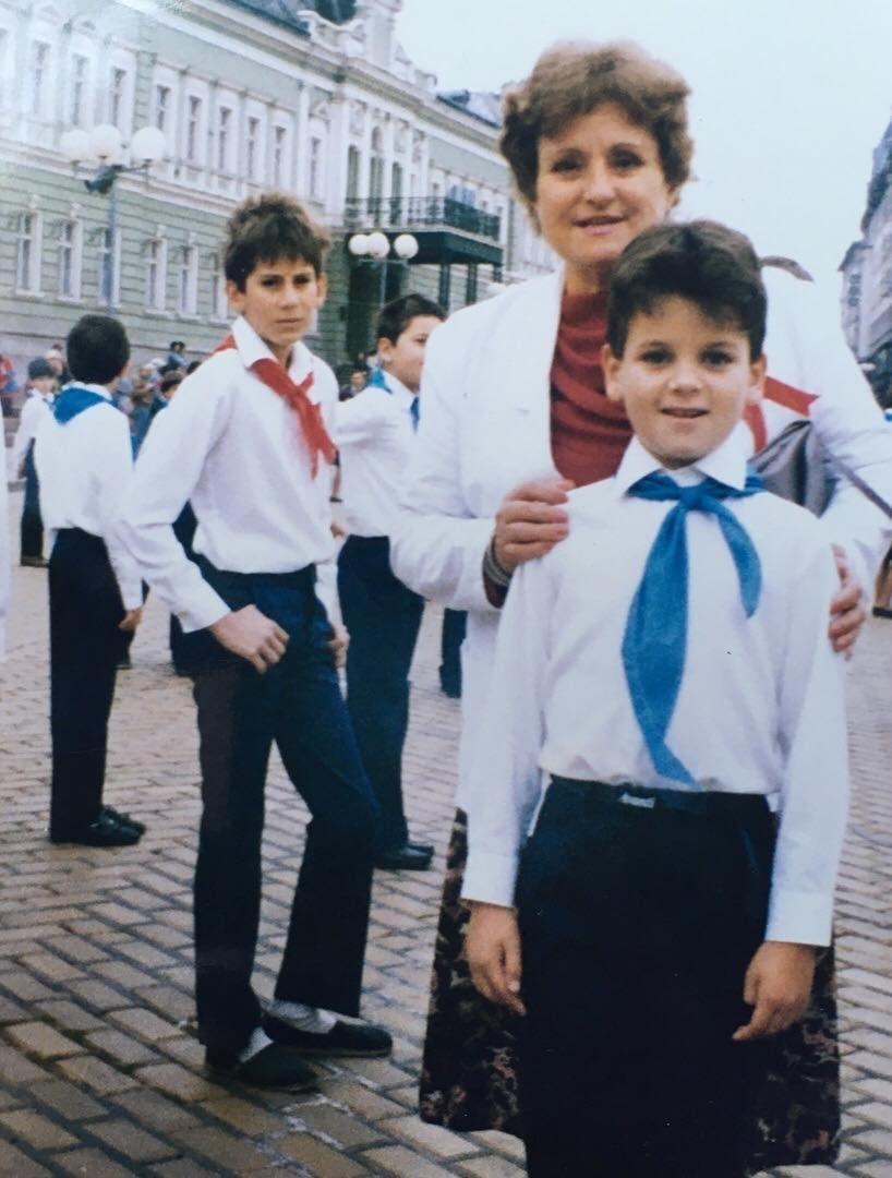 Вижте Иван и Андрей като ученици (Снимки)