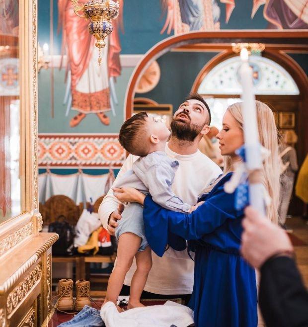 """Тото от """"СкандаУ"""" кръсти своя син (Снимки)"""