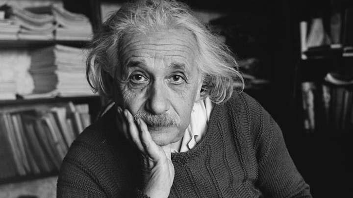 Айнщайн Розуел
